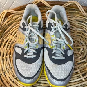 Nike Livestrong Yellow & Gray Trainers Size 8